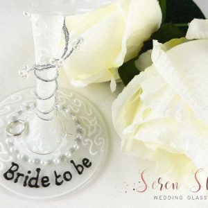 Personalised bride to be wine glass hen party gift with pearl decoration.