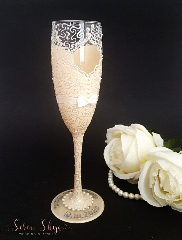 Hand painted bride to be champagne glass gift
